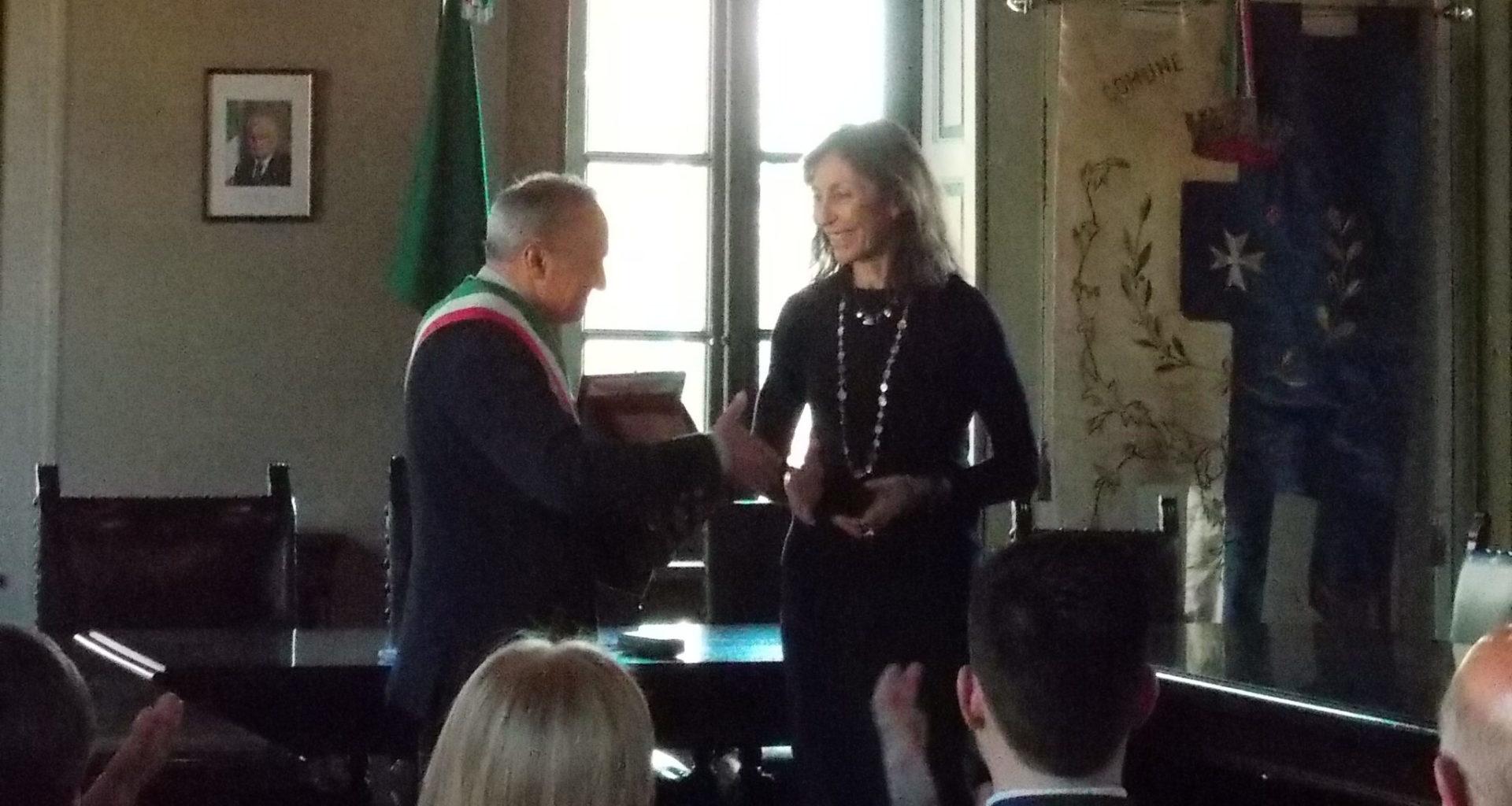 Premiazione dell'Imprenditrice Tessile e Agricola Laura Colnaghi Calissoni